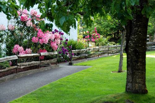 Dayspring Farm Bed & Breakfast Cover Picture
