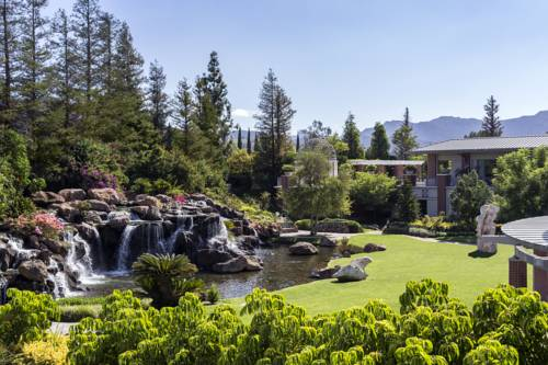Four Seasons Hotel Westlake Village Cover Picture