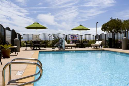 Hampton Inn & Suites Oakland Airport-Alameda Cover Picture