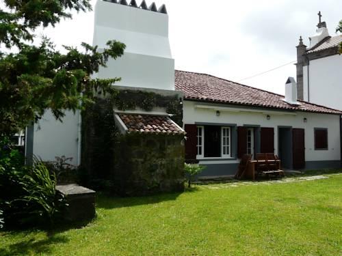 Casa da Igreja Velha Cover Picture