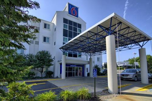 Motel 6 - Portsmouth Cover Picture