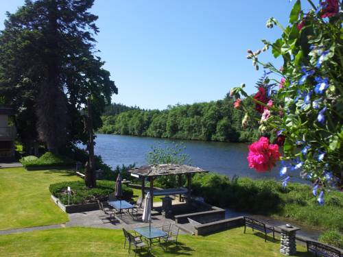 Campbell River Lodge by Riverside Cover Picture