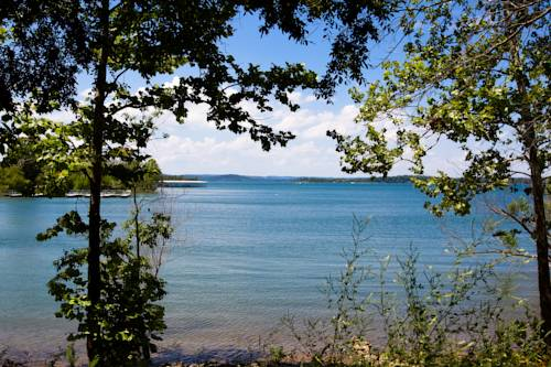 Red Bud Cove Bed and Breakfast Suites Cover Picture