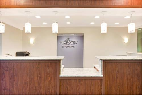 Microtel Inn & Suites Urbandale Cover Picture
