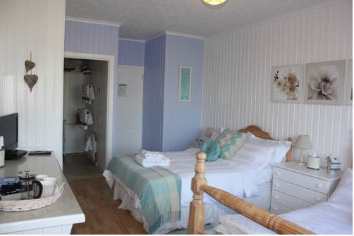 Cairnview Bed and Breakfast Cover Picture