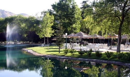 Wonder Valley Ranch Resort Cover Picture