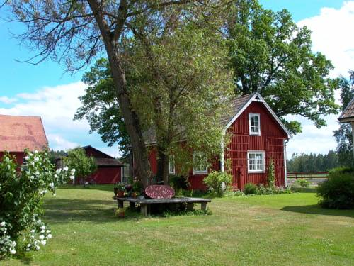 Roxtorp Bed & Breakfast Cover Picture