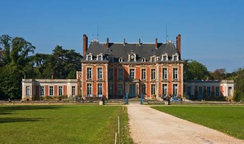 Château Du Maréchal De Saxe Cover Picture