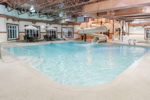 Ramada Inn and Suites Drumheller Cover Picture