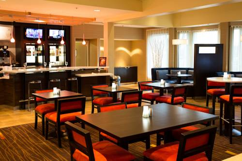 Courtyard by Marriott Fort Collins Cover Picture