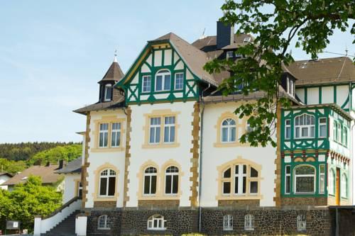 Alte Landratsvilla Hotel Bender Cover Picture