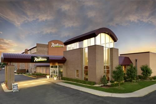 Radisson Hotel Roseville Cover Picture