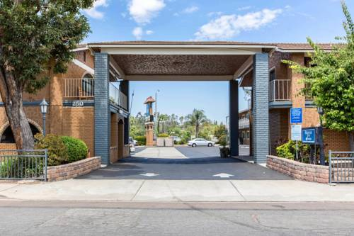 Rodeway Inn Escondido Cover Picture