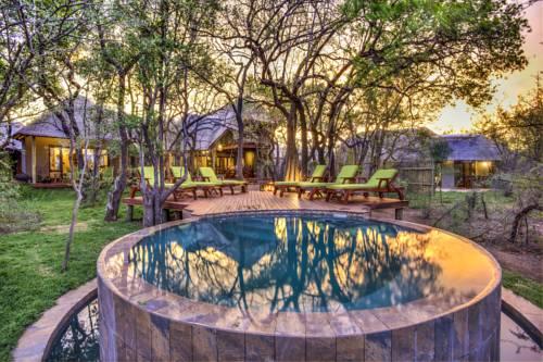 Tambuti Lodge Cover Picture