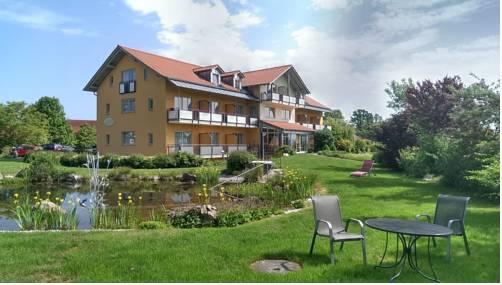 Landhotel Larenzen Cover Picture