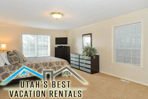 South Foothills Three Bedroom House by Utah's Best Vacation Rentals Cover Picture