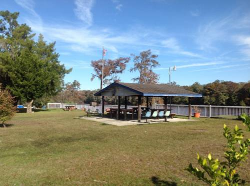 The Suwannee Gables Motel & Marina Cover Picture