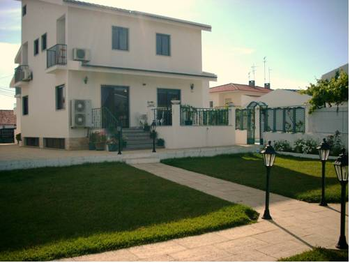 Guest House Toca dos Grilos Cover Picture