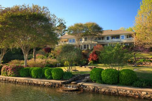 Lookout Point Lakeside Inn Cover Picture