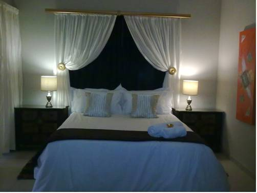 Airport Guest House Cover Picture