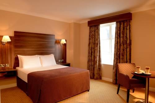 Dillon's Hotel Cover Picture