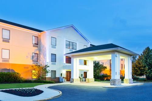 Holiday Inn Express & Suites Burlington - Mount Holly Cover Picture