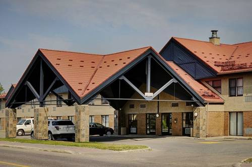 Lakeview Inn & Suites - Thompson Cover Picture