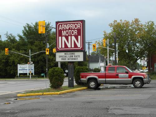 Arnprior Motor Inn Cover Picture