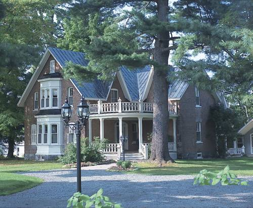 Manoir Sweetsburg Cover Picture