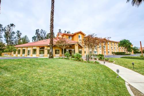 Comfort Inn Fontana Cover Picture