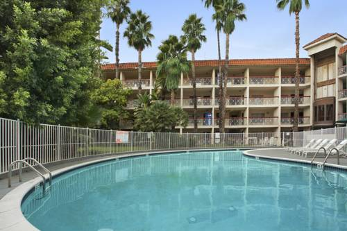 Ramada Burbank Cover Picture