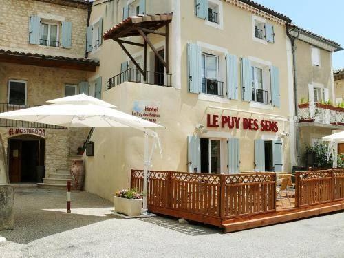 Logis Le Puy Des Sirènes Cover Picture