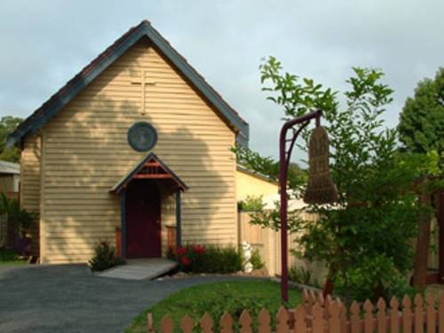 Bell Chapel B&B Cover Picture