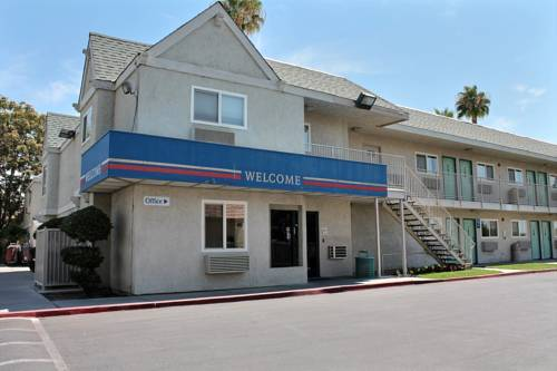 Motel 6 Bakersfield East Cover Picture