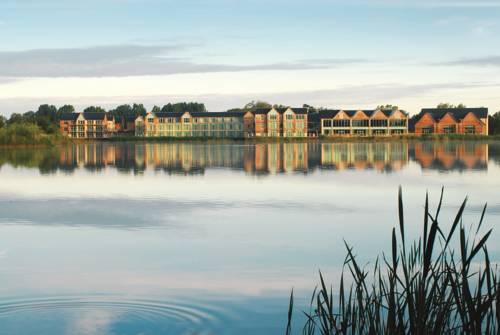 De Vere Cotswold Water Park Cover Picture