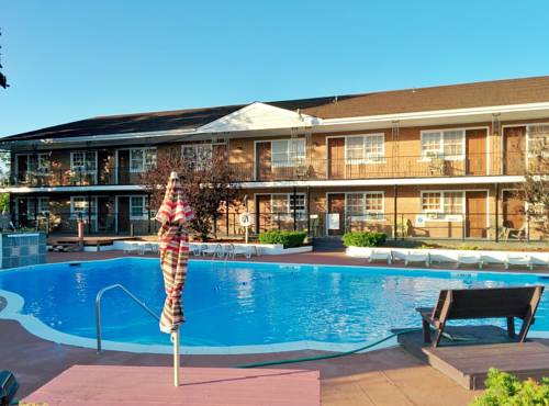 Budget Host East End Hotel in Riverhead Cover Picture