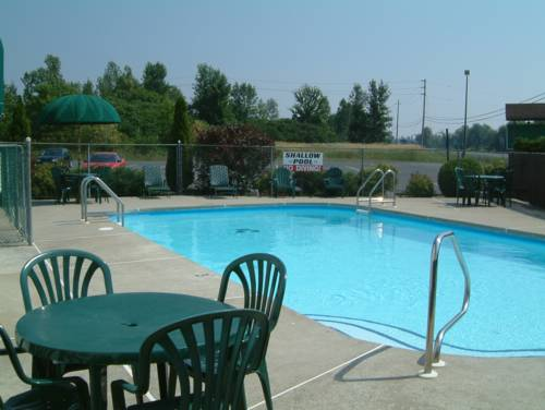 McIntosh Country Inn & Conference Centre Cover Picture