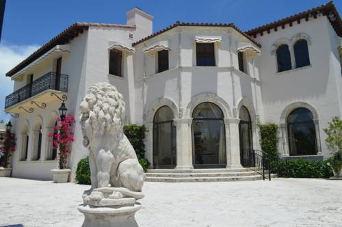 Fisher Island Club and Hotel Cover Picture