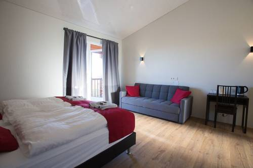 Guesthouse Fludir - Grund Cover Picture
