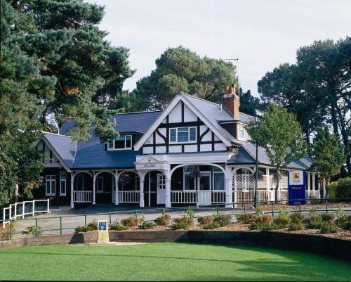 The Lodge At Meyrick Park Guest House Cover Picture