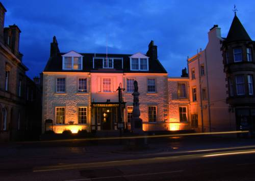 The Tontine Hotel Cover Picture