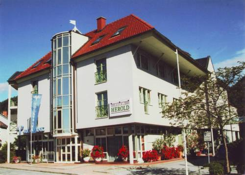 Hotel Herold Cover Picture