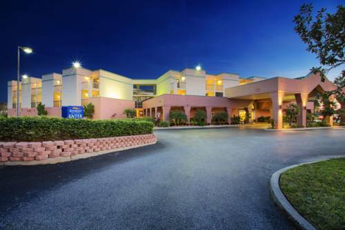 Baymont Inn & Suites Tampa Near Busch Gardens Cover Picture