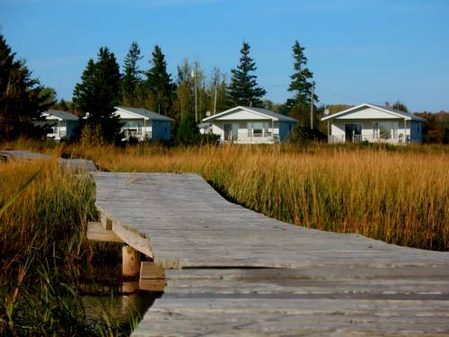 Century Farm Waterfront Cottages Cover Picture