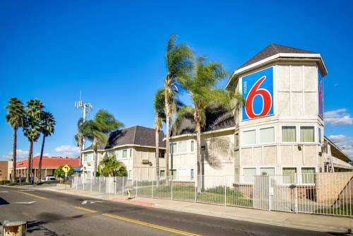 Motel 6 Riverside South Cover Picture