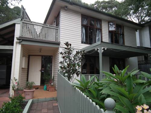 Frenchs Forest Bed and Breakfast Cover Picture