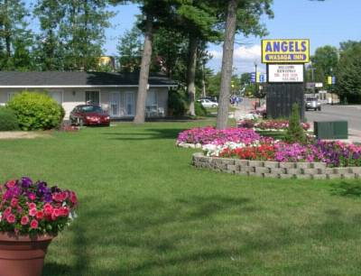 Angels Wasaga Inn Cover Picture
