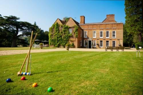 Hallmark Hotel Flitwick Manor Cover Picture