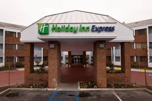 Holiday Inn Express Port Hueneme Cover Picture
