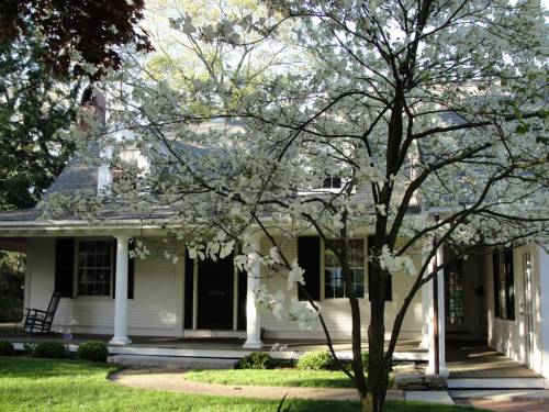 Fox Pond Bed and Breakfast Cover Picture